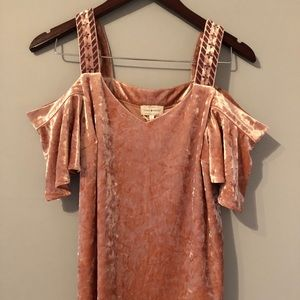 Lucky brand cold shoulder top - size small